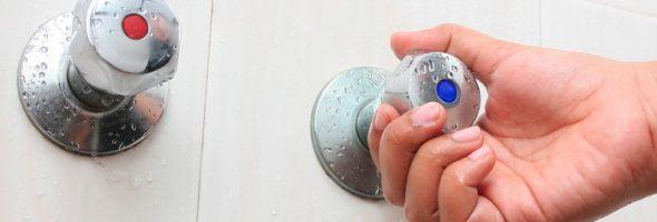 10 saludables beneficios de los baños con agua fría