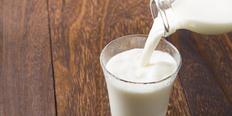 Leche - Alimentos que reducen el estrés en el trabajo