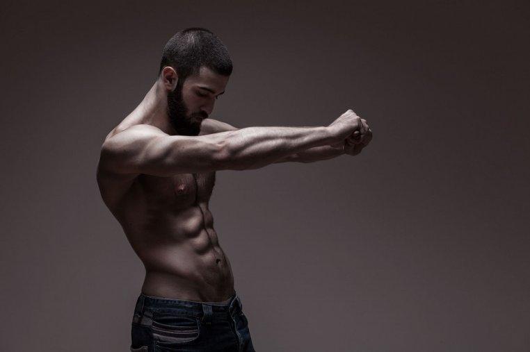 la testosterona suprime la respuesta inmune responsable del asma y las alergias